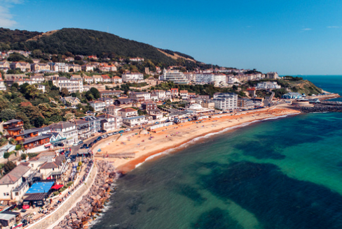 Hotels and accommodation on Ventnor seafront